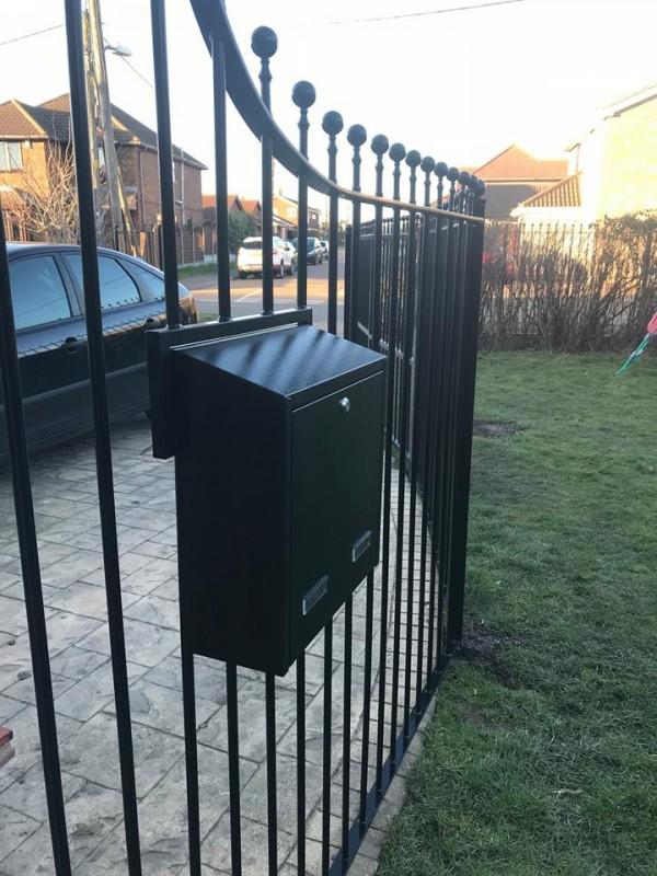 W3 Gate Mounted External Post Box mounted onto metal railings
