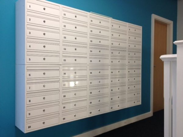 E1 multi occupancy wall mounted letterboxes