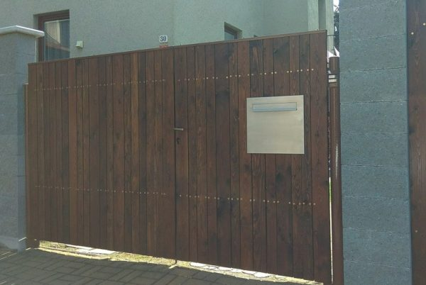 Gate mounted stainless steel letterbox